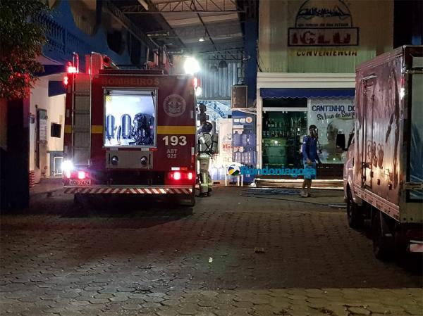 Vazamento de gás amônia faz pessoas parar no Hospital