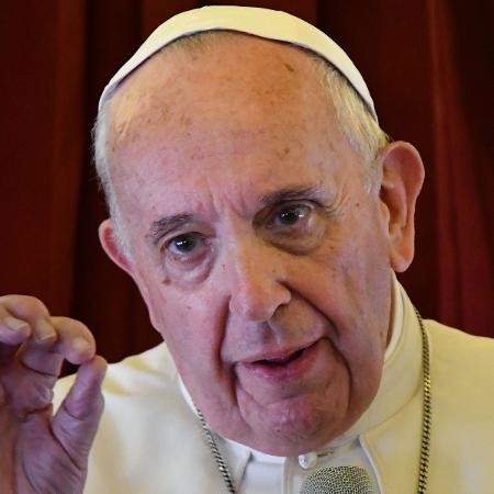 Amazônia sofre com mentalidade cega e destruidora que favorece o lucro, diz papa..