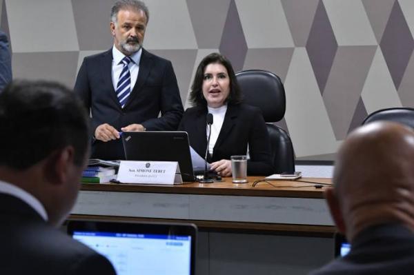 CCJ do Senado inicia tramitação da Previdência com pedidos de audiências