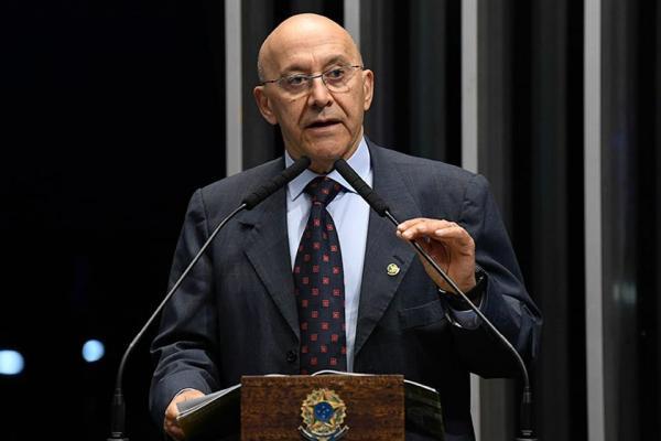 CONFUCIO QUER DEBATER PARTICIPAÇÃO DE BRASILEIROS FORMADOS NO EXTERIOR NO MÉDICOS PELOS BRASIL.