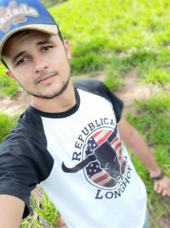 Jovem universitário morre após acidente na BR-364 em Presidente Médici