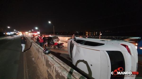 Quatro veículos se envolvem em acidente em Ji-Paraná