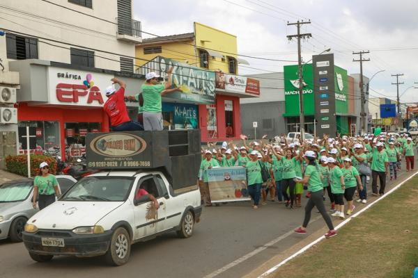 Idosos de Ji-Paraná celebram dia da melhor idade