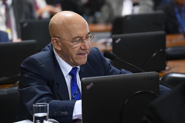 Emenda do senador Confúcio Moura é aprovada na Comissão de Meio Ambiente