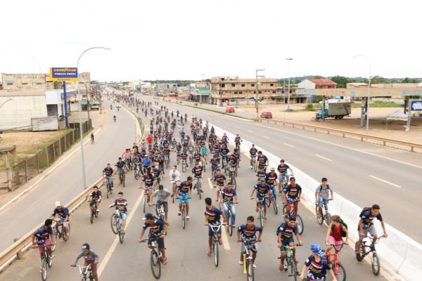 Passeio ciclístico abre as comemorações dos 42 anos de Ji-Paraná
