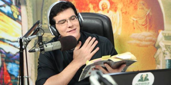 Pe. Reginaldo Manzotti compõe orações e música sobre a pandemia