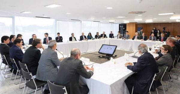 Guedes quer vender o Banco do Brasil agora; Bolsonaro, só em 2023
