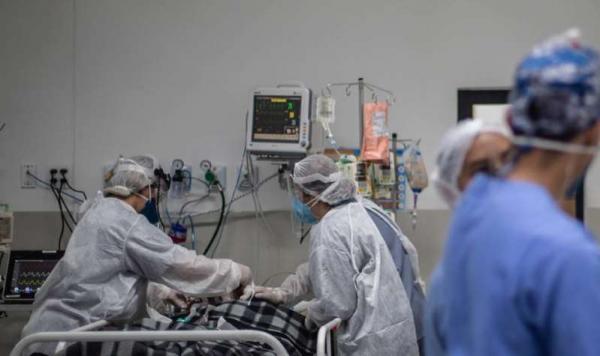 Apenas um em cada três pacientes com covid-19 entubados nas UTIs do Brasil se recupera
