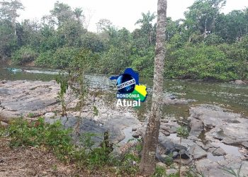 Garoto de 18 anos morre afogado ao cair de barco no Rio Urupá, em Ji-Paraná