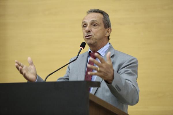 Lazinho da Fetagro defende instalação de CEASAS pelo Estado.