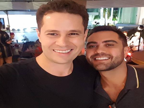 Pedro Leonardo reencontra Thiago Costa, filho de Leandro e ex-dupla