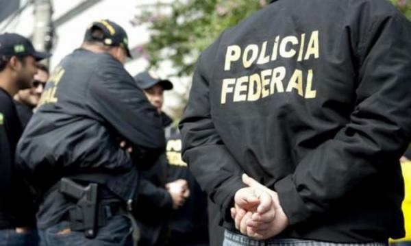 FRAUDE - POLICIA FEDERAL PRENDE QUADRILHA QUE FRAUDAVA AUXILIO EMERGENCIAL
