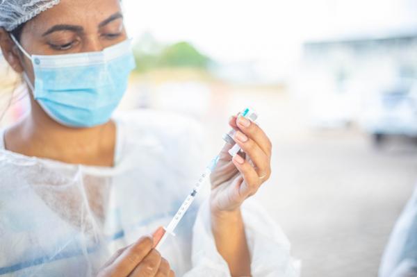 Ji-Paraná inicia vacinação de pessoas com comorbidades a partir de 55 anos