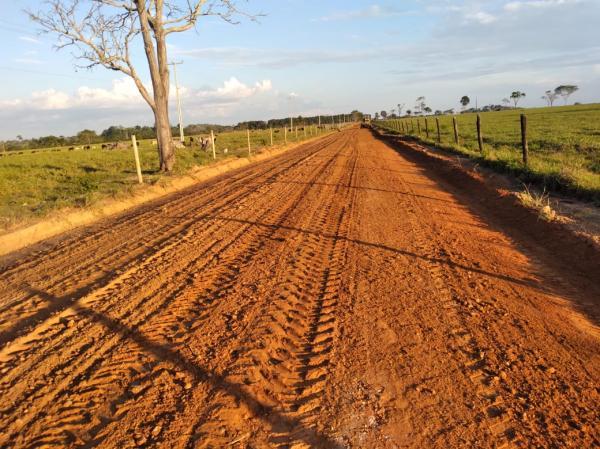 Em Ji Parana  SEMOSP realiza obras de restauração de estradas, pontes, e bueiros na zona rural.