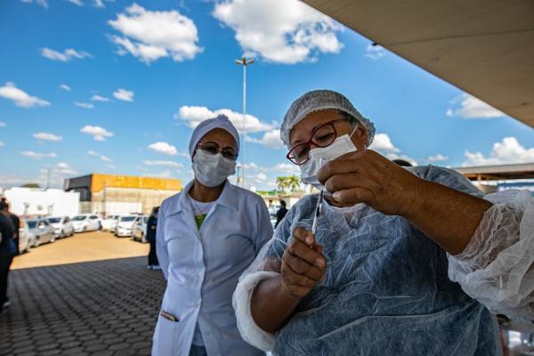 Prefeitura de Ji-Paraná apresenta cronograma de vacinas da semana