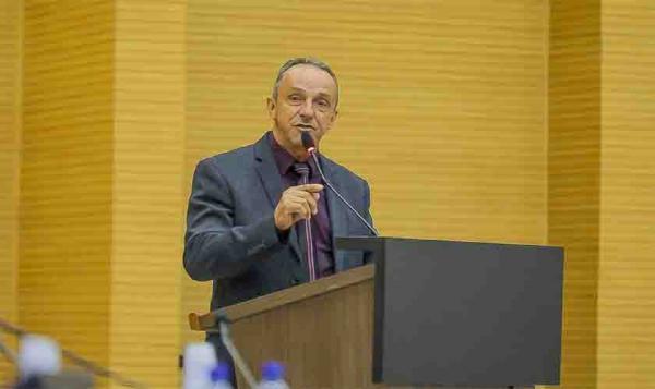 Deputado Lazinho da Fetagro questiona retomada das aulas presenciais sem os devidos cuidados