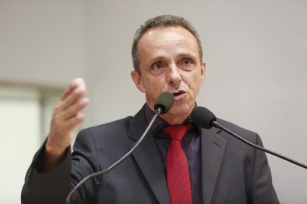 PT reúne militância, define candidaturas e lança Lula presidente