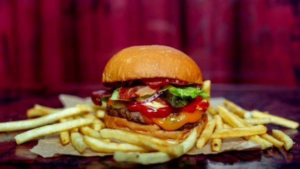 Estudo diz que Fast food mata mais do que cigarro e pressão alta