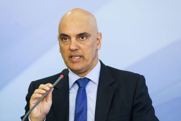 Ministro Alexandre de Moraes revoga decisão que mandou site retirar notícia que cita Presidente do STF