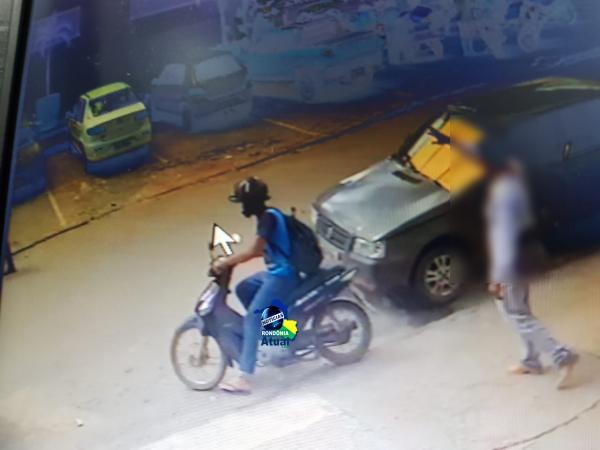 ATENÇÃO - Mulher deixa moto estacionada para trabalhar quando volta descobre que teve o veiculo furtado