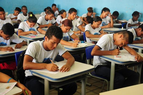 Escolas de SP terão que orientar alunos a desenvolver 'projeto de vida'.