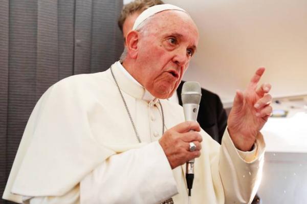 Papa Francisco torna obrigatório clero denunciar abusos sexuais
