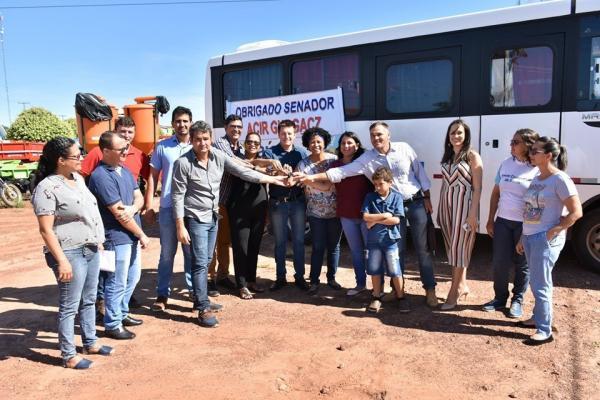 Acir repassa mais de R$ 10 milhões em máquinas e equipamentos para sete municípios de RO