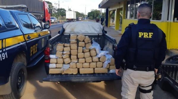 PRF flagra homem transportando 48 quilos de skank em Ji-Paraná