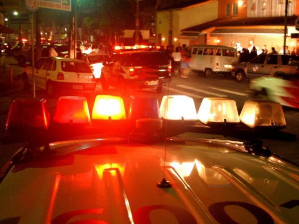 URGENTE - Ladrões roubam R$ 60 mil de Supermercado