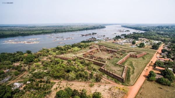 Forte Príncipe da Beira e o Rio Guaporé