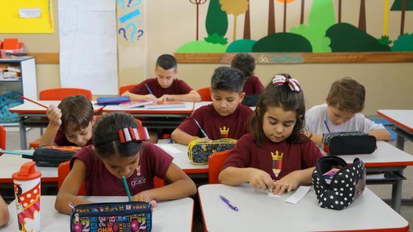 Governo enviará MP para permitir ensino em casa, crianças passará por avaliações periódicas